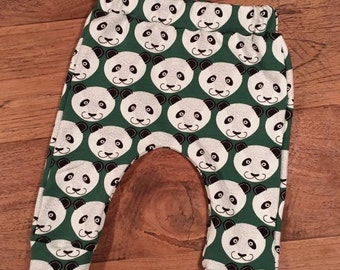 Baby panda bear harem pants Green