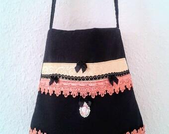 Romantic tote bag, victorian pouch, shabby chic pouch, shoulder bag with portrait, romantic black bag, crossbody romantic bag, black tote