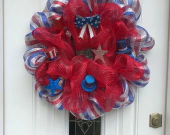 Independence Day Wreath, 4th of July Deco Mesh Wreath, Red Blue and Silver Deco Mesh, Battery Operated Twinkle Lights, Front Door Wreath