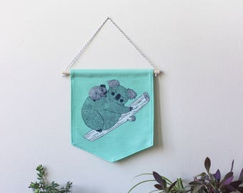 Wall banner 2 colors, koala mother, green, wall decoration, decoration, gift, baby gift, animal lover, deco