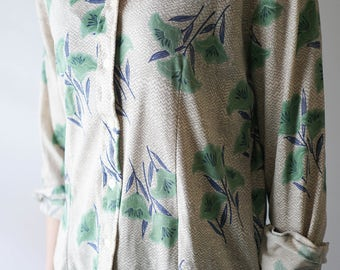 70s Japanese Print Button Up Blouse / Vintage Collared Blouse / Green and Blue Women's Top 1970s / Vintage Clothing