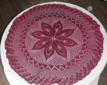Round lace knitted tablecloth 20in