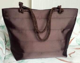 Shoulder Tote in dark brown fabric