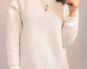 vintage 1990's white turtle neck jumper 1980's high neck sweater pure 90's apres ski skivvy women size S M layering basic minimalist capsule