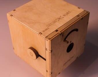 Large format pinhole camera Perle Unum (10x10cm)