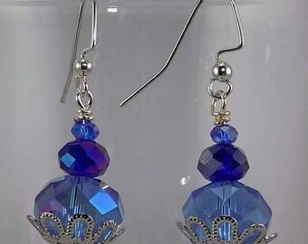 Sparkling blue, dark blue, faceted round beads,