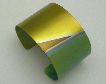 Bracelet, titanium, cuff. Anodized titanium bracelet.