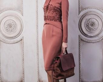 Elegant women's suit (jacket and skirt) Женский деловой костюм кирпичного цвета (жакет и юбка)