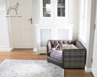 Dog Corner Bed - Dog Chesterfield Sofa - Deep Buttoned Dog Bed - Luxury Dog Sofa