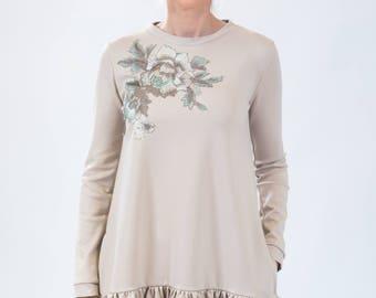 Long sleeve dress, Dress with flower, Belted dress, Creme color dress, Sand color dress, Midi dress, Casual dress, Beige color dress