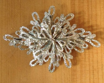 Vintage silver tone brooch marked 1492, 1960s
