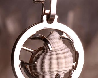 Medallion 20mmo, silver finish seashell, seashell from France. Create a gem: quartz available.