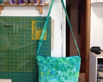 Aqua Green Batik Purse, Zipper closure