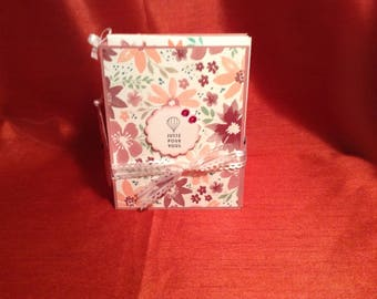 Box with 4 different beautiful greeting cards