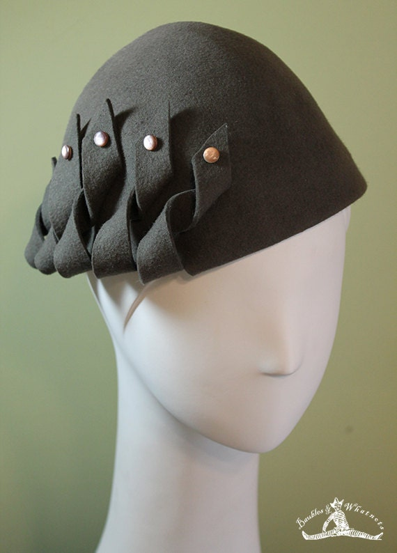 Gray Hand Blocked Wool Hat - 1930s Style Hat - Dark Gray Wool Hat - Gray Women's Hat - Gray Beanie Cloche Hat -  OOAK