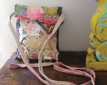 Little Purse, Bag, Necklace Bag, Small Shoulder Purse, Vintage Textiles, Patchwork, Quilted, Pretty Purse, Pouch, Rustic