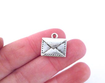 10 Silver Plated Envelope Charms, G42