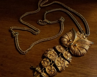Vintage 1970's J J Jewelry Articulated Gold Owl Pendant Necklace