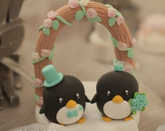Penguins Wedding Cake Topper (K432)