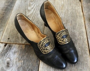 SALE - 1920s Shoes . Metal Leather High Heels