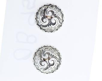 Button set of 4 , 2 hole , Plated plastic , Antique silver finish , sold 4 each OB9501AS