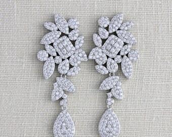 Crystal Bridal earrings, Bridal jewelry, Wedding earrings, Swarovski earrings, Chandelier earrings, Diamond earrings Statement earrings
