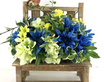 Summer Silk Flower Arrangement, Silk Flower Centerpieces, Mother's Day Gift, Gift for Her, Flower Arrangement on Bench, Blue Centerpiece