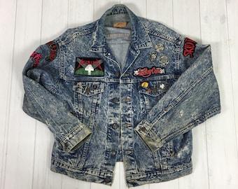 Vintage 80s Levi's Denim Jacket with Heavy Metal patches pins Custom AC/DC Metallica Motorhead Black Sabbath Harley Punk Rock pinbacks M L