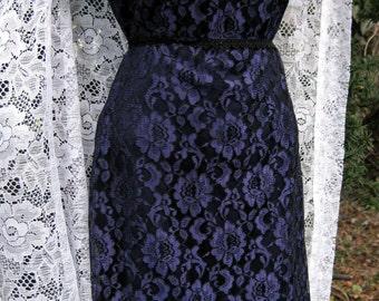 sz 10 PURPLE lace COCKTAIL PARTY Dress in purple and black lace dress 1980s 80s dress, ladies purple dress formal dress cocktail