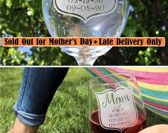 Mothers Day gift, Mom Glass, Personalized Wine Glass, Mom and Her Children's Birth dates, Established, Gift for Mom, Step Mom, Gift Mom