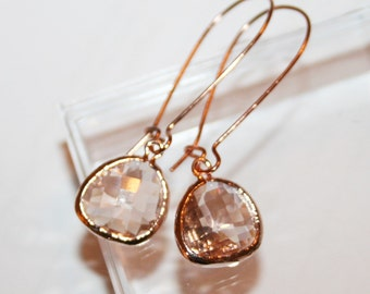 Rose Gold Earrings,Peach Drop Earrings,Metallic,Peach,Rose gold,Bridesmaid,Rose Gold jewelry,Crystal peach Teardrop Earrings,Bridal Earrings