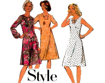 Style 4943 Womens Half Size Dress 1970s Vintage sewing pattern Size 14 1/2 Bust 37 inches