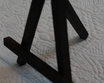 Small Wood Easel Black