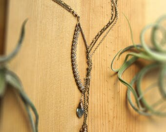Leaf Lariat Necklace Bronze