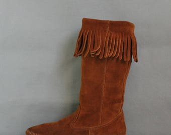 Womens Boots, Minnetonka Brown Suede Fringe Boots, Tall Boots, Boho Boots, Hippie Boots, Festival Boots, Rocknroll, Size 7, Free Shipping