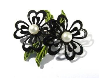 Enamel Flower Pin VINTAGE Pearls Black Enamel Pin Brooch FLOWER Enamel Flower Pin Brooch Ready to Wear Vintage Jewelry Supply (Y307)