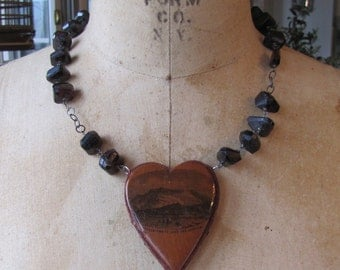 FEATURED ITEM   Mauchline Ware Heart Pincushion Necklace