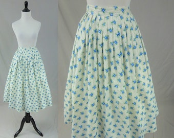 "50s Full Skirt - White Cotton - Falling Blue & Green Flowers - Vintage 1950s - 25"" waist"