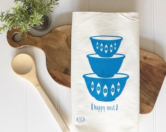 Tea Towel - Happy Nest Tea Towel Gourmet Gift Chef Cooking Baking Foodie Flour Sack Kitchen Decor Dish Cloth Kitchen Towel Farmhouse Decor