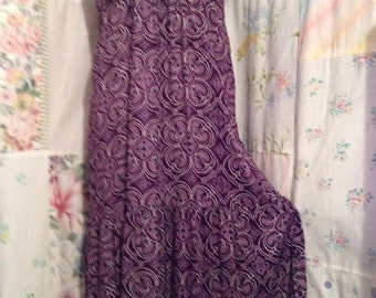 MEDIUM, Dress Flowerchild Bohemian Hippie Boho Long Purple Maxi Dress