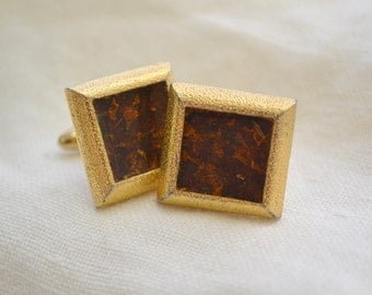 1960s Hickok Brown Resin and Gold Square Cuff Links