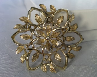 Vintage Sarah Coventry Brooch Pin - Gold Tone
