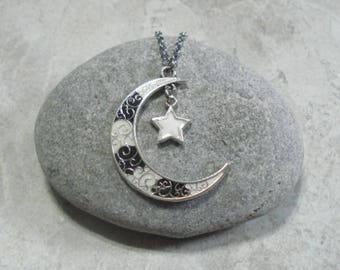 Black & White Crescent Moon And Star Necklace Handcrafted Pendant Jewelry Antique Silver