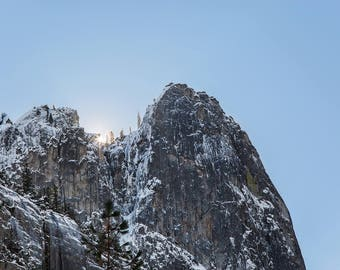 Peaking Sun - Nature Photography Print - Yosemite Valley