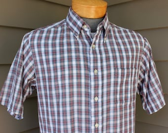 vintage 1970s -Career Club'- Men's short sleeve shirt. Button down collar - Locker loop. Mini tartan style plaid - Nor'Easter. Large - Tall