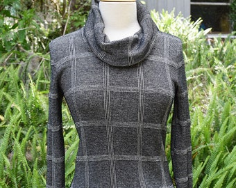 Metallic Silver Black 1970s Sweater Cowl Neck Hippie Mod Graphic Plaid Sweater