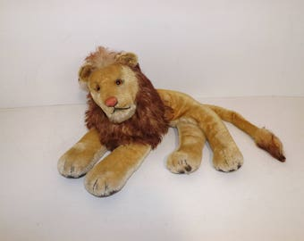 Vintage large Steiff mohair lion cat laying down soft toy collectable stuffed animal with button in ear