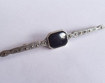 SALE Vintage Sterling Silver Marcasite and Black Onyx Nouveau Style Bar Pin