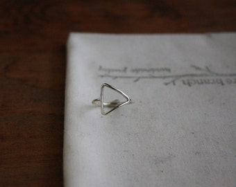 Sideways Triangle Ring - Open Triangle Ring - Argentium Silver Jewelry - Hypoallergenic Ring - Geometric Jewellery - Lightweight Everyday