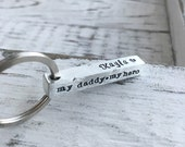 Personalized Dad Keychain . Dad Keychain . Gift for Dads . Dad Gift . Name Keychain . Personalized Gifts . My Dad My Hero . Handmade Gifts